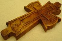 Резной параманный крест