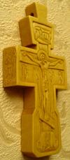 Резной крестик с АРХАНГЕЛАМИ Михаилом и Рафаилом