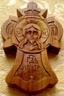 Резной деревянный крестик. Спас.