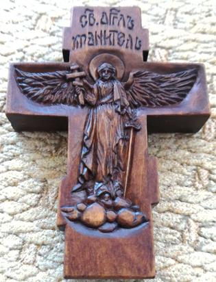 Деревянный крестик.  Оборот. Ангел Хранитель