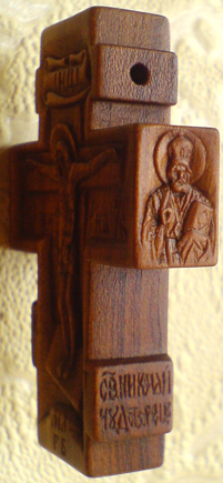 Резной нательный крестик из дерева с ЛИКАМИ Св. Николая Чудотворца, АНГЕЛА ХРАНИТЕЛЯ, иконы Божией Матери Умягчение злых сердец и с молитвой ОТЧЕ НАШ