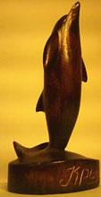 Резьба по дереву. Дельфин